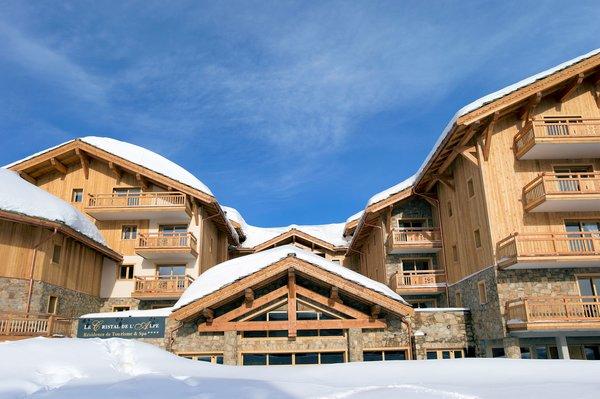 entree-residence-le-cristal-de-l-alpe-alpe-d-huez-grandes-rousses-interlodge.jpg