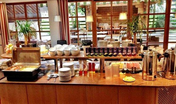 hotel-florian-ontbijtbuffet-kaprun-europa-sportregion-wintersport-oostenrijk-interlodge.jpg