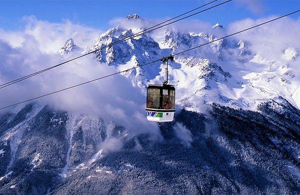 cabine-oz-en-oisans-grandes-rousses-frankrijk-wintersport-ski-snowboard-raquette-schneeschuhlaufen-langlaufen-wandelen-interlodge.jpg
