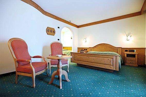 kamer-hotel-bertelli-madonna-skirama-dolomiti-wintersport-italie-ski-snowboard-raquettes-langlaufen-wandelen-interlodge.jpg