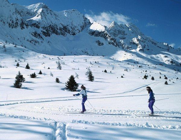 skirama-dolomiti-folgarida-madonna-di-campiglio-dimaro-marilleva-langlauf-wintersport-italie-interlodge.jpg