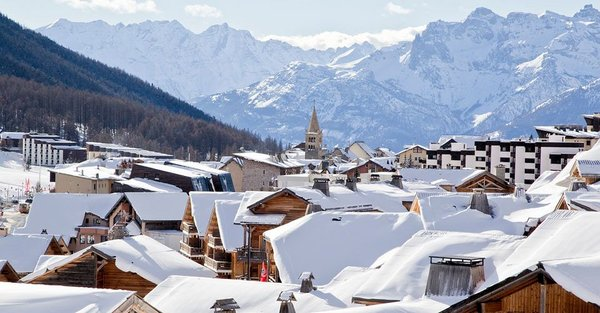 montgenevre-la-via-lattea-wintersport-frankrijk-italie-interlodge
