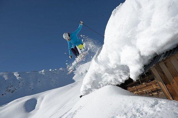 afdaling-kitzbueheler-alpen-wintersport-oostenrijk-interlodge.jpg