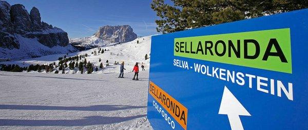 SELLA RONDA DOLOMITI SUPERSKI ITALIE WINTERSPORT INTERLODGE