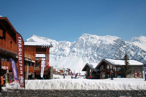 la-rosiere-place-des-eucherts-espace-san-bernardo-wintersport-frankrijk-ski-snowboard-raquettes-schneeschuhlaufen-langlaufen-wandelen-interlodge.jpg