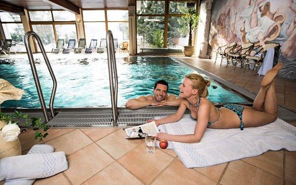 zwembad-hotel-hanneshof-filzmoos-salzburger-sportwelt-wintersport-oostenrijk-interlodge.jpg