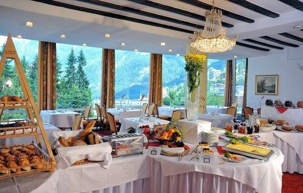 buffet-hotel-elisabethpark-bad-gastein-ski-amade-wintersport-oostenrijk-interlodge