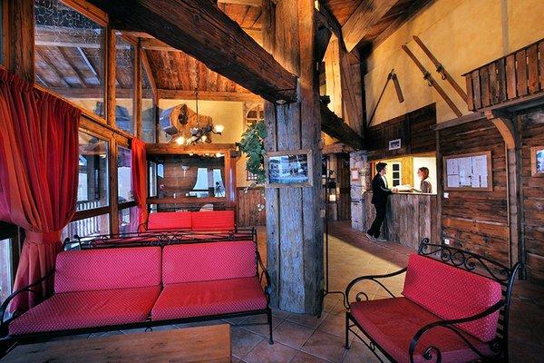residence-hermine-chalet-des-neiges-receptie-val-thorens-les-trois-vallees-winterpsort-frankrijk-ski-snowboard-raquettes-wandelen-langlauf-interlodge.jpg