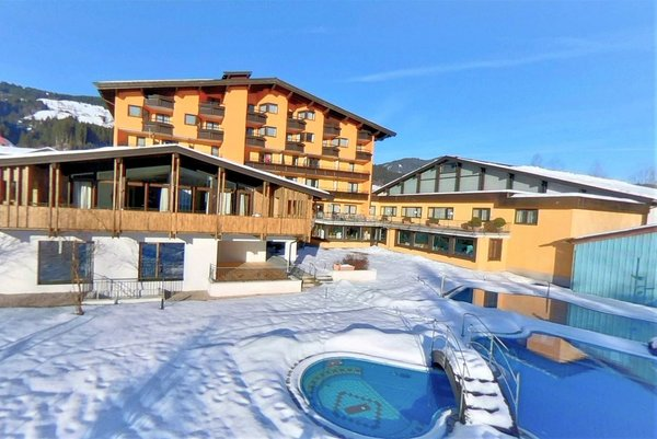 vital-sporhotel-brixen-im-thale-skiwelt-wilder-kaiser-wintersport-oostenrijk-interlodge