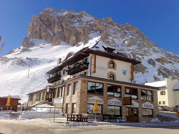hotel-savoia-canazei-passo-pordoi-dolomiti-wintersport-italie-ski-snowboard-raquettes-schneeschuhlaufen-langlaufen-wandelen-interlodge.jpg