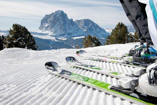 ski-selva-wolkenstein-dolomiti-superski-wintersport-italie-interlodge