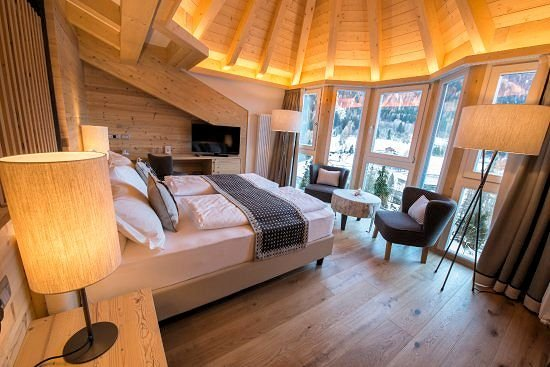 romantic-room-hotel-monteginer-mezzana-skirama-dolomiti-wintersport-italie-interlodge