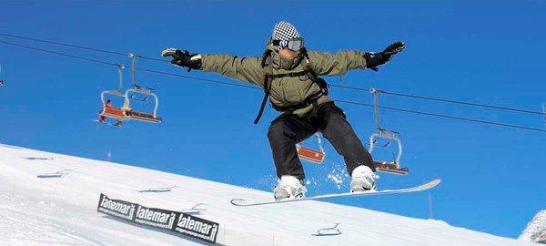 ziano-snowboarder-dolomiti-superski-italie-wintersport-ski-snowboard-raquette-schneeschuhlaufen-langlaufen-wandelen-interlodge.jpg