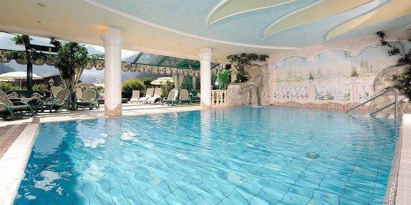 zwembad-hotel-st-george-mayrhofen-hochzillertal-wintersport-oostenrijk-interlodge.jpg