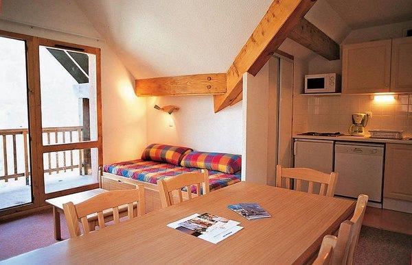 residence-les-lumieres-de-neige-keuken-valmeinier-wintersport-frankrijk-ski-snowboard-raquettes-schneeschuhlaufen-langlaufen-wandelen-interlodge.jpg