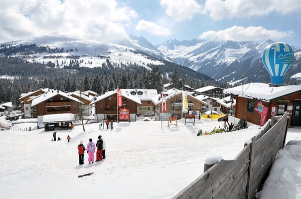 centrum-konigsleiten-zillertal-arena-oostenrijk-wintersport-ski-snowboard-raquette-schneeschuhlaufen-langlaufen-wandelen-interlodge.jpg