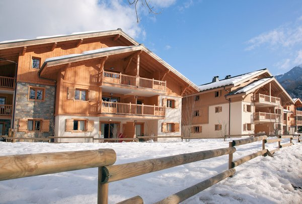 residence-la-reine-des-pres-samoens-le-grand-massif-wintersport-frankrijk-ski-snowboard-raquettes-schneeschuhlaufen-langlaufen-wandelen-interlodge.jpg