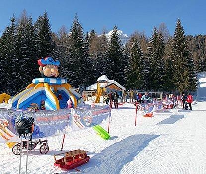 kids-zoldo-civetta-superdolomiti-wintersport-italie-ski-snowboard-raquettes-schneeschuhlaufen-langlaufen-wandelen-interlodge.jpg