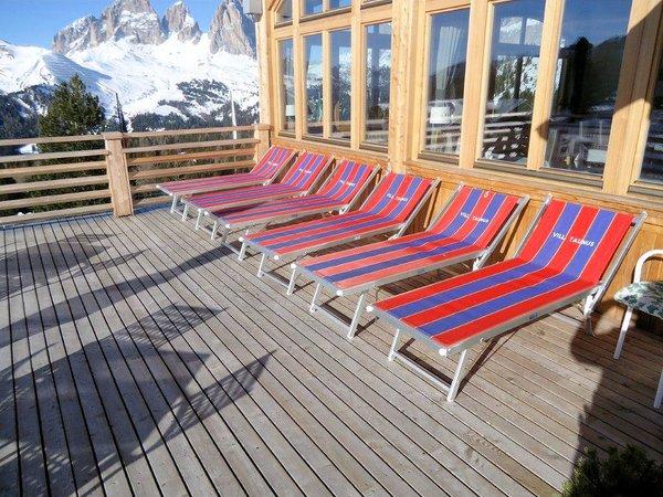 terras-hotel-pordoi-canazei-passo-pordoi-sella-ronda-dolomiti-wintersport-italie-ski-snowboard-raquettes-schneeschuhlaufen-langlaufen-wandelen-interlodge.jpg