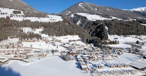 dorp-wald-im-pinzgau-neukirchen-zillertal-konigsleiten-wintersport-oostenrijk-interlodge.jpg