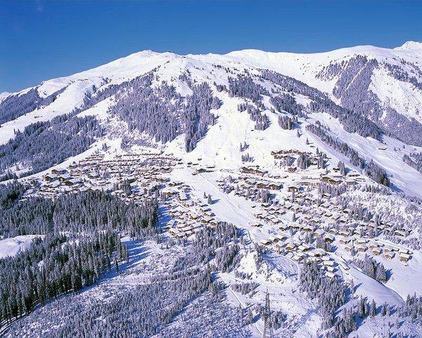 bergdorp-konigsleiten-zillertal-arena-oostenrijk-wintersport-ski-snowboard-raquette-schneeschuhlaufen-langlaufen-wandelen-interlodge.jpg