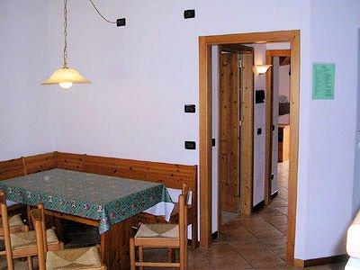 tafel-residence-ai-bonetei-dimaro-skirama-dolomiti-interlodge.jpg