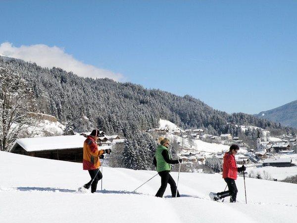 sneeuwschoenwandelen-konigsleiten-zillertal-arena-oostenrijk-wintersport-ski-snowboard-raquette-schneeschuhlaufen-langlaufen-wandelen-interlodge.jpg