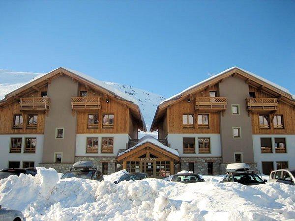 buitenkant-residence-goleon-val-ecrin-les-deux-alpes-wintersport-frankrijk-ski-snowboard-raquettes-schneeschuhlaufen-langlaufen-wandelen-interlodge.jpg