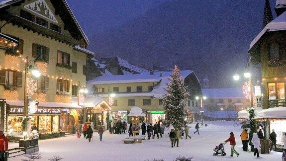 madonna-di-campiglio-skirama-dolomiti-wintersport-italie-ski-snowboard-raquettes-schneeschuhlaufen-langlaufen-wandelen-interdloge.jpg