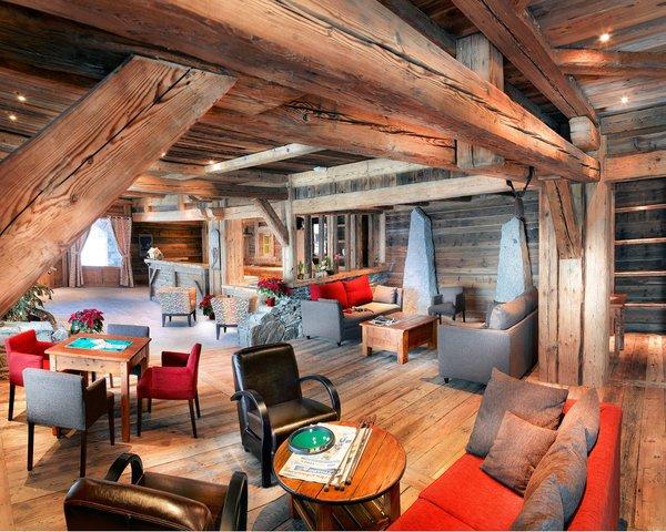 receptie-residence-la-ferme-du-val-claret-tignes-val-claret-espace-killy-wintersport-frankrijk-ski-snowboard-raquettes-schneeschuhlaufen-langlaufen-wandelen-interlodge.jpg