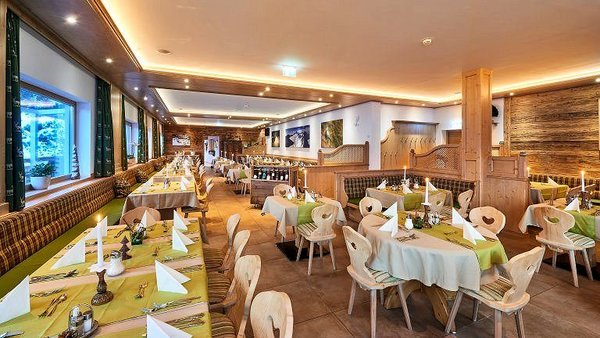 restaurant-hotel-daxer-zell-am-see-europa-sportregion-wintersport-oostenrijk-interlodge
