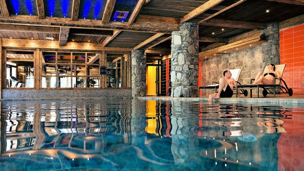 zwembad-residence-nevada-tignes-wintersport-frankrijk-interlodge