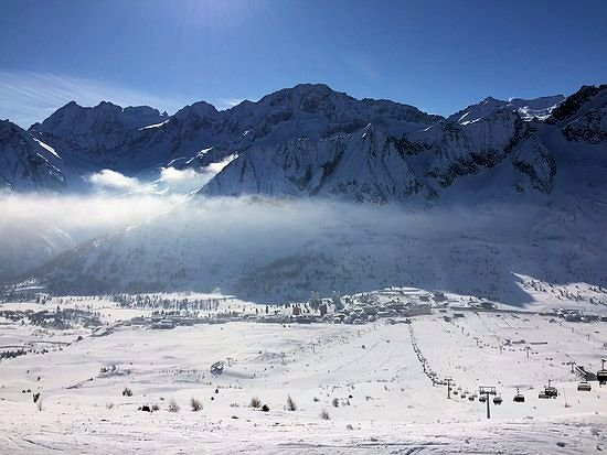 uitzicht-passo-tonale-wintersport-italie-interlodge