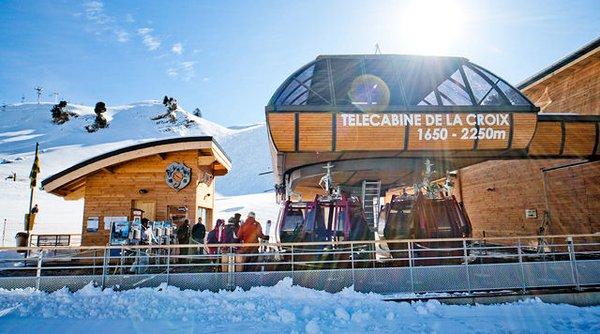 cabine-chamrousse-wintersport-frankrijk-ski-snowboard-raquettes-schneeschuhlaufen-langlaufen-wandelen-interlodge.jpg