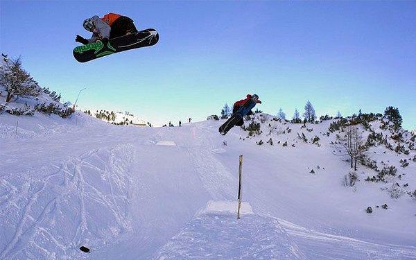 snowboarders-longplaypark-obertauern-oostenrijk-wintersport-ski-snowboard-raquette-schneeschuhlaufen-langlaufen-wandelen-interlodge.jpg