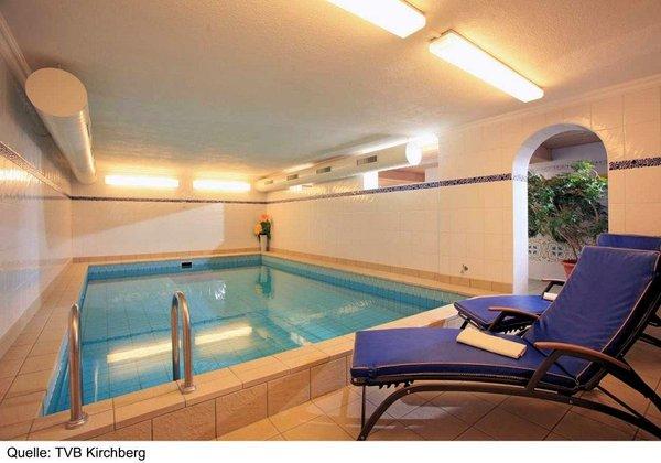 zwembad-gasthof-skirast-kirchberg-wintersport-oostenrijk-interlodge.jpg