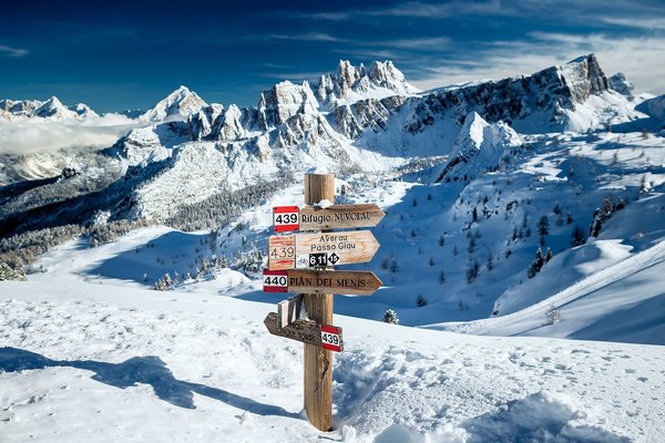cortina-dolomiti-superski-wintersport-italie-interlodge