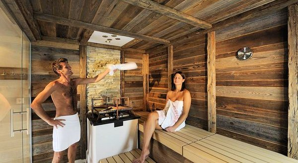 sauna-hotel-alpenjuwel-serfaus-wintersport-interlodge.jpg