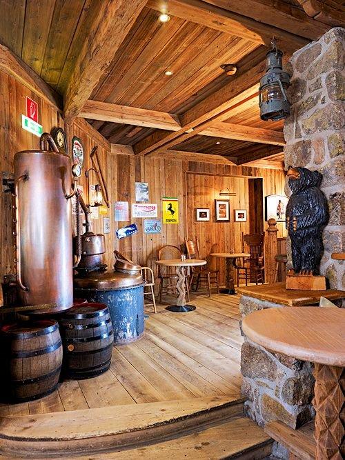 grizzly-bar-hotel-tyrolerhof-otztal-arena-wintersport-interlodge.jpg