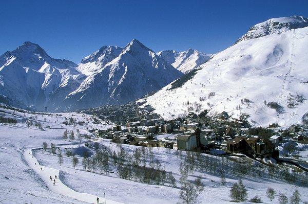 les-deux-alpes-panorama-wintersport-frankrijk-ski-snowboard-raquettes-schneeschuhlaufen-langlaufen-wandelen-interlodge.jpg