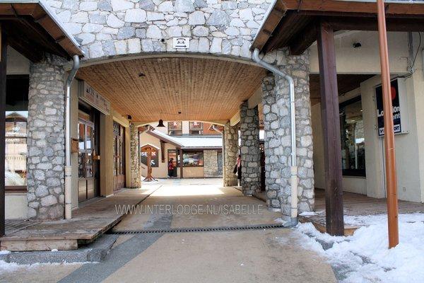 vallandry-peisey-doorgang-centrum-paradiski-wintersport-frankrijk-ski-snowboard-raquettes-schneeschuhlaufen-langlaufen-wandelen-interlodge.jpg