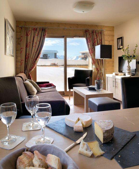 residence-le-cristal-de-l-alpe-buffet-alpe-d-huez-grandes-rousses-interlodge.jpg