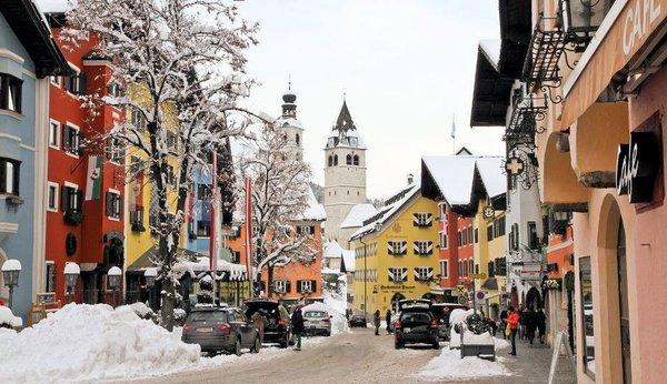 centrum-kitzba-frac14hel-kitzba-frac14hler-alpen-wintersport-oostenrijk-interlodge.jpg