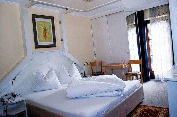 kamer-hotel-pension-siegelerhof-mayrhofen-zillertal-interlodge.jpg
