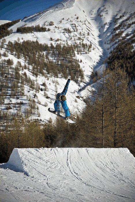 boarder-espace-lumiere-frankrijk-wintersport-ski-snowboard-raquette-schneeschuhlaufen-langlaufen-wandelen-interlodge.jpg