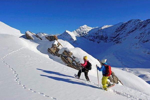 sainte-foy-tarentaise-raquettes-wintersport-frankrijk-ski-snowboard-raquettes-langlaufen-wandelen-interlodge.jpg