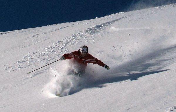 skier-matterhorn-ski-paradise-breuil-cervinia-italie-wintersport-ski-snowboard-raquette-schneeschuhlaufen-langlaufen-wandelen-interlodge.jpg