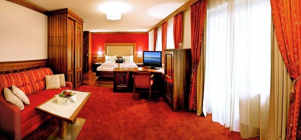 suite-family-spa-resort-alpenpark-seefeld-olympia-region-wintersport-oostenrijk-interlodge.jpg