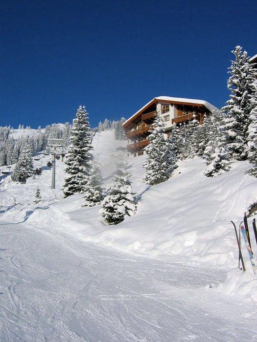 am-edelweisanger-piste-konigsleiten-zillertal-arena-oostenrijk-wintersport-ski-snowboard-raquette-schneeschuhlaufen-langlaufen-wandelen-interlodge.jpg