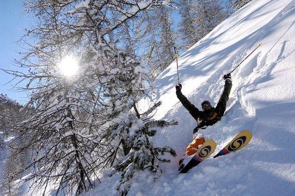 skier-montgenevre-via-lattea-frankrijk-wintersport-ski-snowboard-raquette-schneeschuhlaufen-langlaufen-wandelen-interlodge.jpg